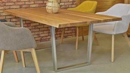 Dubový konferenční stůl