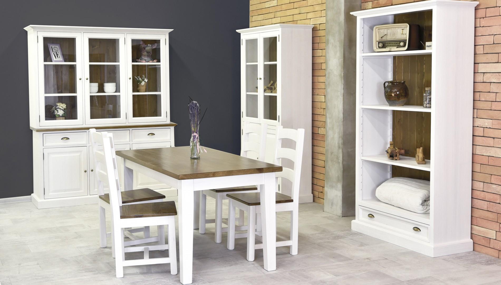 Modern étkezőasztal és világos székek