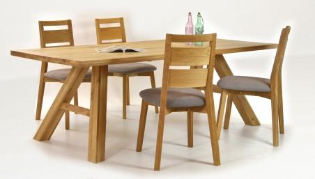 Fa étkezőasztal és székek