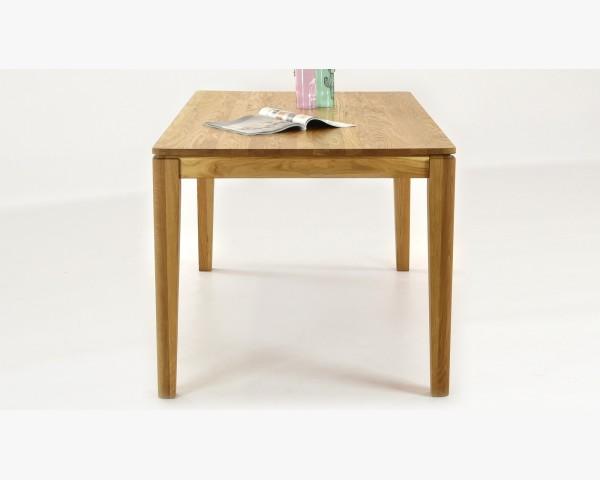 Tömörfa étkezőasztal és székek