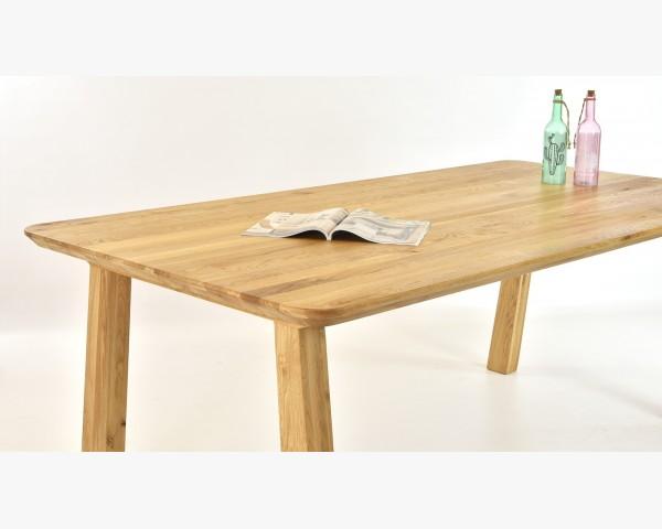 Stílusos tömörfa étkezőasztal